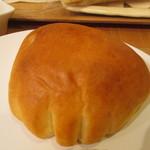 ラ・ブランジュリ・キィニョン - クリームパン