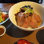 三國 - ステーキ丼ランチ