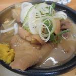 いづみや - 料理写真:もつ煮込み170円