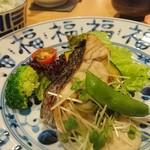 67967082 - メインの魚料理です。話が盛り上がって写真はこれ1枚。