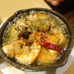 YAICHIRO - 海老とマッシュルームのアヒージョ