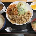 豚さん食堂 - DX豚生姜焼き定食B