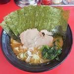 藤澤家 - 料理写真:ラーメン670円麺硬め。海苔増し80円。