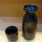 つきぢ神楽寿司 - 熱燗:540円