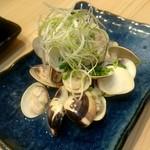 つきぢ神楽寿司 - 蛤の酒蒸し:540円