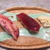 タツ スシ - 料理写真:天然インドマグロの赤身200円&中トロ400円