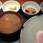 めしの助 - おまかせ朝定食(あん肝煮・ポテトサラダ・明太子・海苔の佃煮)