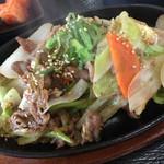 本格韓国料理焼肉 無双 - ボリュームあります
