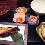 魚然 - 本日の焼き魚(目鯛西京)定食