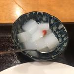 呉園 - 杏仁豆腐
