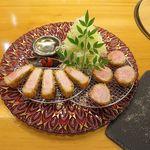 67991906 - 三元豚ヘレカツと、茶美豚ロースカツのコンビ定食                       1700円(税込1890円)