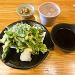 八丈島 - あしたばの天ぷらと麦冠情け嶋