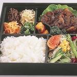 東京飯店 - お好きなお肉でお弁当もご用意できます。