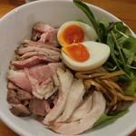 極汁美麺 umami - 冷やしつけ麺伊吹イリコのビシソワーズ風
