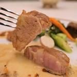 レストラン クレッセント - 22.フランス産 仔牛のミジョテ