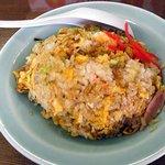 中華料理 かえる - 普通のチャーハン
