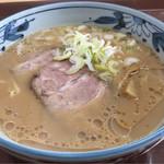 旭山動物園くらぶ 正門shop - 旭川ラーメン醤油 650円。