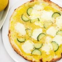 アクアマーレ - 6月のおすすめランチは、ズッキーニのピッツァ!