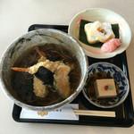 醐山料理 雨月茶屋 -