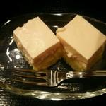 鮨 千花 - 食後にプチケーキを頂きました♡
