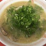 まる八ラーメン - 料理写真:
