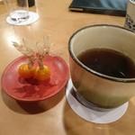 蘭奢待 - (2017年5月 訪問)ほおずきとお茶。ほおずきが食後のデザートに最適♪