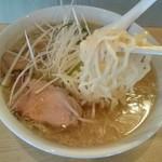 サッポロ軒 - もっちり麺と塩漬けチャーシュー