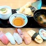 海座 - 選べるすし定食 厳選ネタ6貫盛(890円)