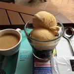 カフェ ド クリエ - アフォガート ¥390