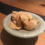 千寿竹やぶ - お通しの蕎麦チップス