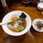 68029609 - コンソメ中華そば&ミニローストビーフ丼