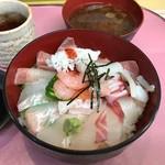 68032576 - 海鮮丼