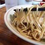太華園 - 麺はこんな感じ