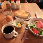 カフェ ピクァント - サラダモーニングのセット