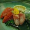 奥飛騨ガーデンホテル 焼岳 - 料理写真:刺身 手前のお刺身、チョウザメの刺身