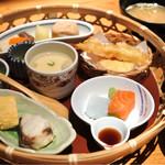 旬菜家 - 花かご膳880円