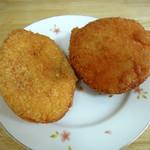 ハリマヤ - 大辛口カレーパン150円と、とごしぎんざのカレーパン180円