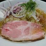 麺処 晴 - 塩そば・冷やし 780円