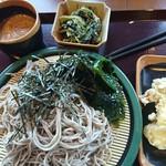 花園蕎麦 - もりそば400円(大盛+200円)、変わり汁+120円、小鉢100円