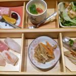 あっぱれ寿司 秋田駅東口店 -