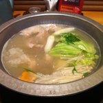 博多華味鳥 博多駅前店 - 水炊き煮炊時