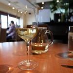 ビストロ クレール - 白ワインのデキャンタ(1850円)