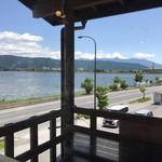 山ぼたん - 店内から見た諏訪湖