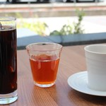 梅田 ワーフ - お茶は、無料