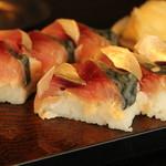 食楽空間 朋 - 料理写真:鯖の押し寿司