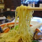 住吉飯店 - 黄金細中華麺。硬めで!