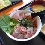 冨士見屋 - 料理写真:海鮮丼