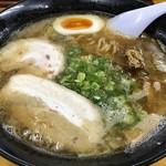 紀龍 - 料理写真:魚介とんこつしょうゆラーメン 650円