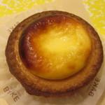 ベイク チーズ タルト - 焼きたてチーズタルト 216円
