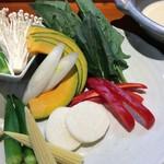 よろず屋 魚之介 - 豆乳野菜鍋
